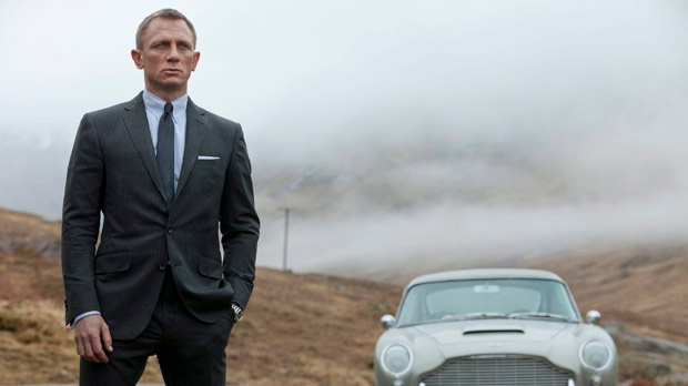 Daniel Craig as James Bond in Sony Pictures' 'Skyfall'