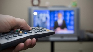 A new study has found that excess time spent sitting while watching TV can be linked to a greater risk of cardiovascular disease and early death than sitting at work.