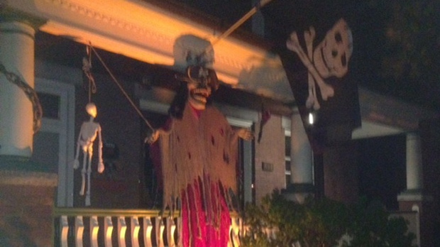 Halloween forecast frightful for trick or treaters - Halloween decorations toronto ...