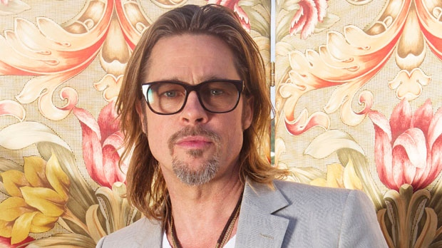 Brad Pitt donates money gay marriage campaign U.S.