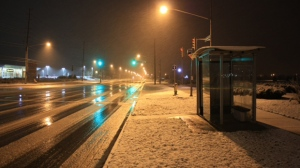 Snow covers the ground in Barrie early Friday, Nov. 2, 2012. (Tom Stefanac/CP24)