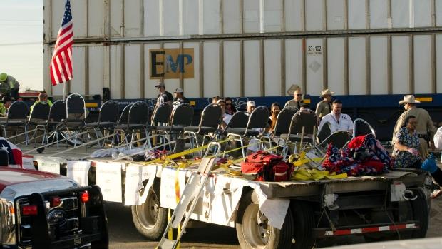 Train crashes into veterans parade in Texas