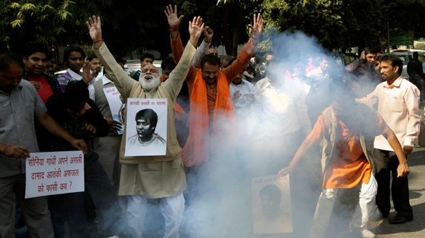 India hangs gunman Mumbai terror attack