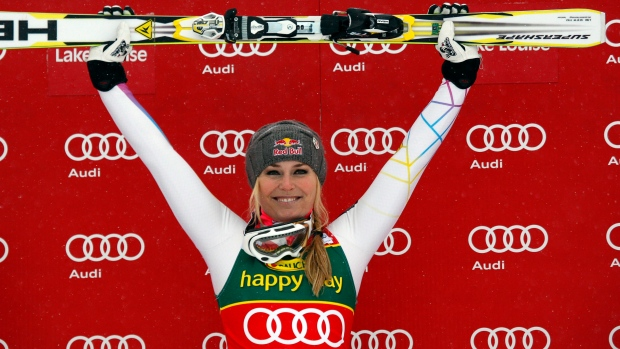 Lindsey Vonn sweeps Lake Louise World Cup ski