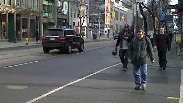 People didn't have to bundle up in Toronto on the morning of Tuesday, Dec. 4, 2012, as the city set a record high of 16 C.
