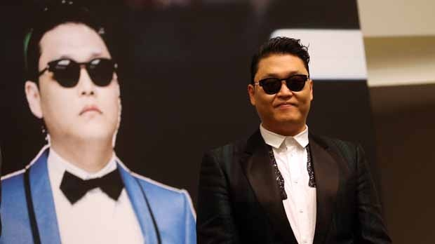 PSY Gangnam Style YouTube record hits