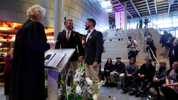 Same-sex couples marrying Washington state