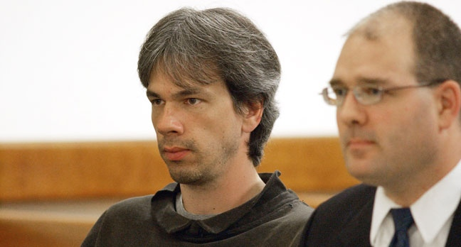 In this Nov. 2000 photo, Dana Martin appears in Vermont District Court in Barre, Vt. Court documents in a New Mexico district court say Dana Martin told investigators he persuaded a man he met in prison and the man's nephew to kill Justin Bieber, Bieber's bodyguard and two others not connected to the pop star. (AP Photo/Times Argus, Jeb Wallace-Brodeur)