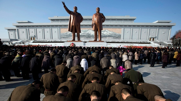 Kim Jong Il body unveiled anniversary of death