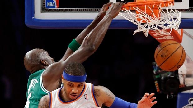 Carmelo Anthony Kevin Garnett NBA basketball
