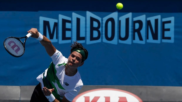 Milos Raonic wins first round Australian Open