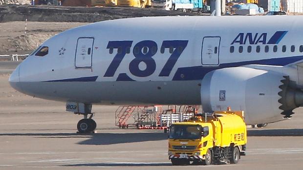 U.S. Boeing inspectors join 787 investigation