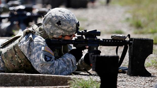 U.S. lifts ban on women in combat