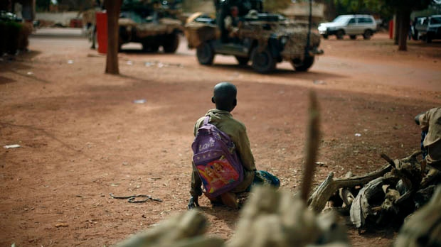Mali France soldiers push toward Islamist-held Gao