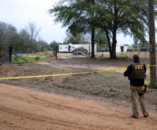 Alabama bunker standoff hostage explosives