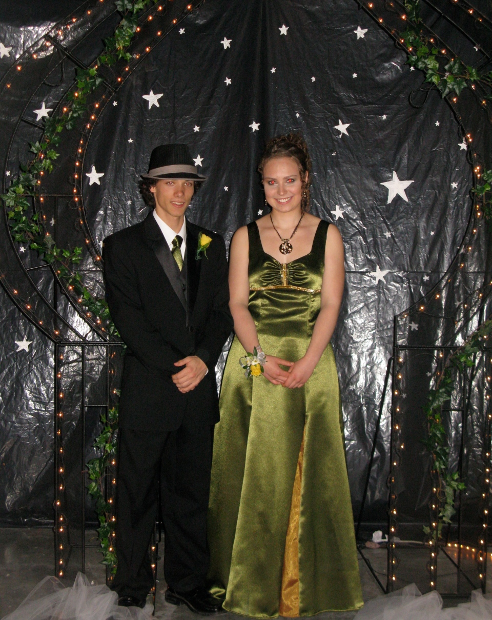 This May 2010 photo released by Karen Schwartz shows Arielle Roberts, right, and Jordan Tomlinson at the prom for Stanley Humphries Secondary School in Castlegar, B.C. (AP Photo/Karen Schwartz)