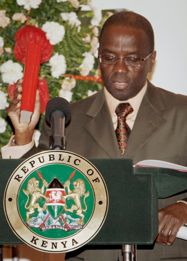 Willy Mutunga, kenya, chief justice