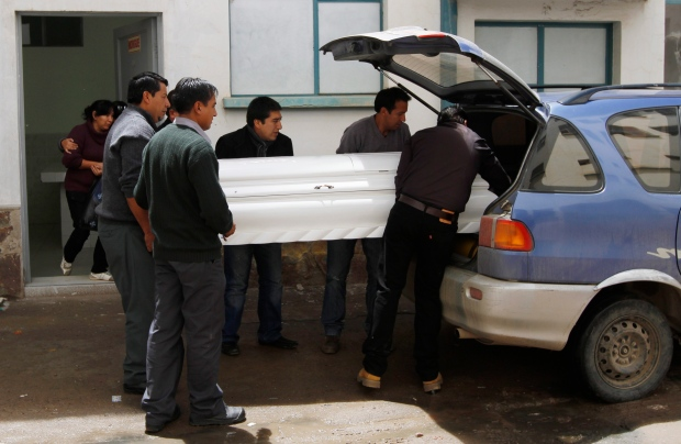 Teen admits lighting flare that killed boy Bolivia
