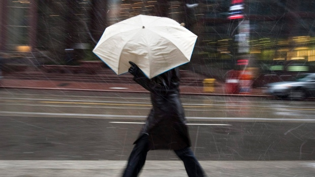 Spring Snowstorm and Freezing Rain Headed for Montreal and Quebec City