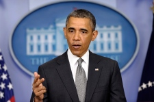 FBI says early test shows ricin in Obama letter