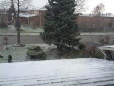 Toronto southern Ontario snow flurries spring