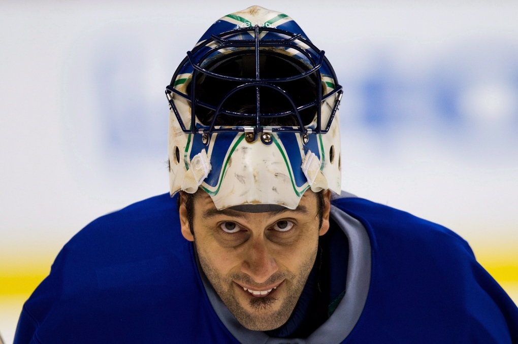 Luongo To Start For Canucks Against Sharks Cp24 Com
