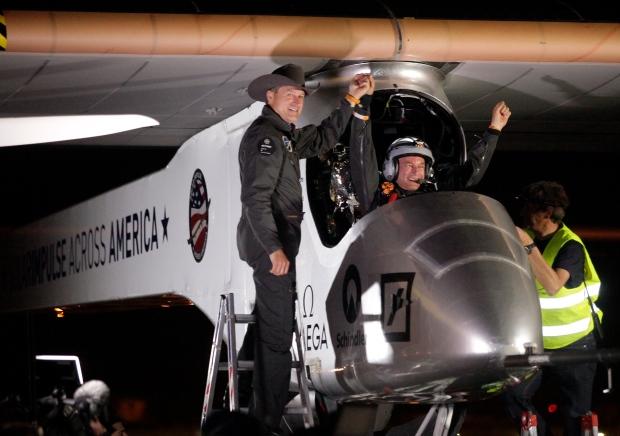 Solar-powered plane lands on first leg U.S. trip