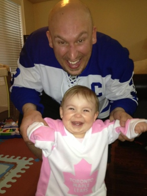 The Maple Leafs are a big hit with young hockey fans. (@meghan1661/Twitter)