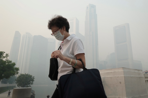 Singapore record air pollution