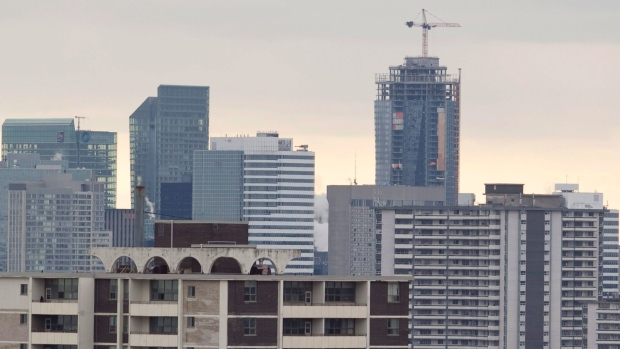 Local Investors Outnumber Foreign Buyers in Toronto's New Condos Market: study