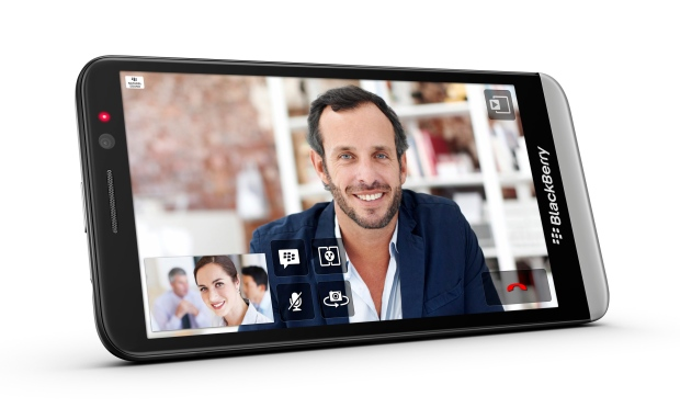 Blackberry launches Z30 phone with bigger screen