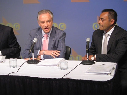 OLG president Rod Phillips, left to right, chairman Paul Godfrey and vice-president Preet Dhindsa announce a record-setting payment to the Ontario government at a news conference in Toronto on Friday, June 24, 2011. (THE CANADIAN PRESS/Will Campbell)