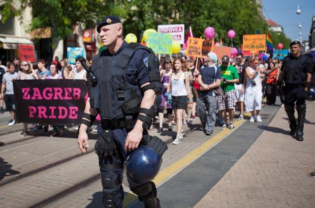 marche escort video privati gay