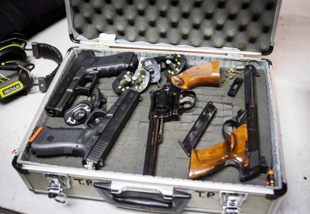 Canadian guns exports