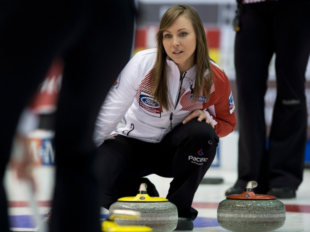 Homan in playoff hunt with 5th win at world curling