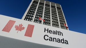 A sign is displayed in front of Health Canada's headquarters in Ottawa. (The Canadian Press/Sean Kilpatrick)