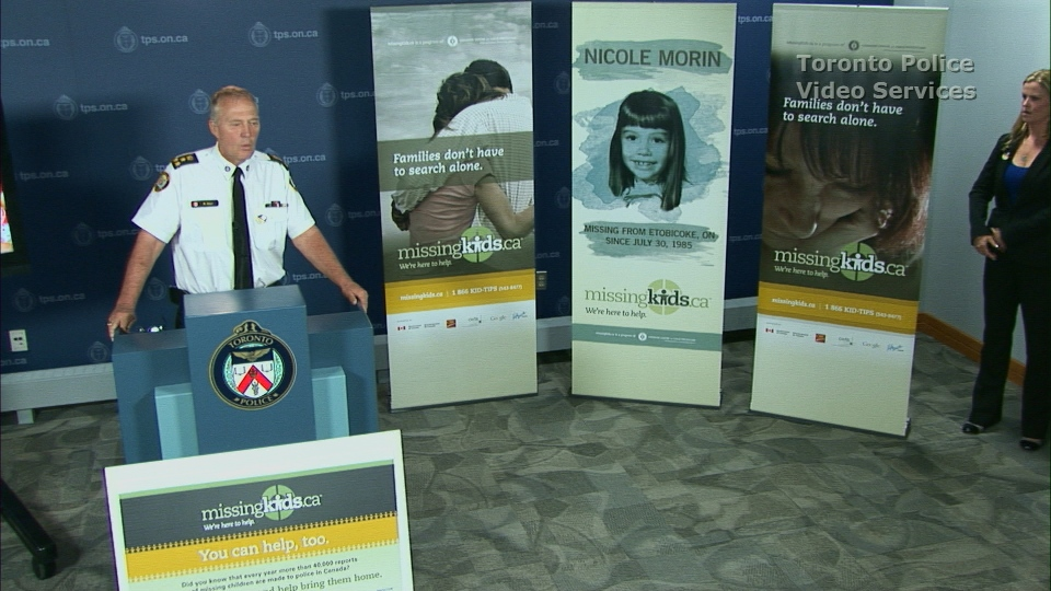Toronto police team up with Mac's Convenience Stores to help find missing kids.