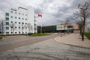 The National Microbiology Laboratory in Winnipeg is shown in a Tuesday, May 19, 2009 photo.  (John Woods/ The Canadian Press)