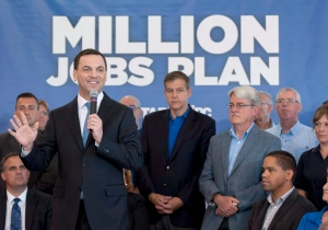 Ontario Conservative leader Tim Hudak speaks at a campaign stop in Ottawa on Monday, June 9, 2014. (The Canadian Press/Justin Tang)