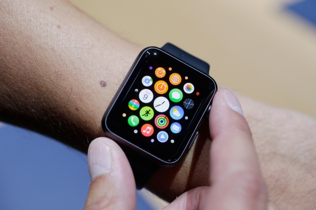 Distracted driving law unclear on smart watches