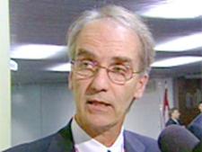 TTC General Manager Gary Webster speaks to the media Sept. 12, 2007. (CTV)