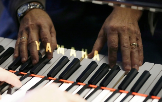 Piano stores closing across U S  as fewer kids take up
