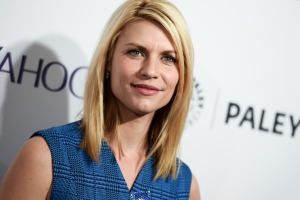 "Claire Danes arrives at the 32nd Annual Paleyfest Opening Night Presentation: ""Homeland"" held at the The Dolby Theatre on Friday, March 6, 2015, in Los Angeles. (Richard Shotwell/Invision/AP)"