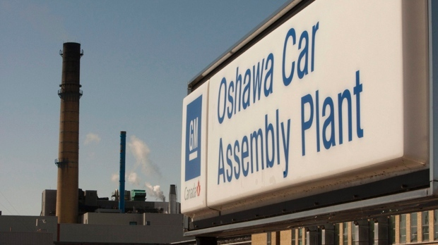 GM workers in Oshawa walk out in protest of plant closure