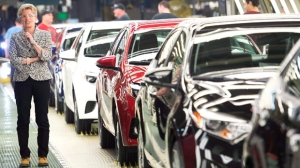 Provincial, federal governments give Toyota $100m to expand Ontario plants