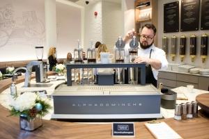 Second Cup posts smaller loss than expected after new store types launched