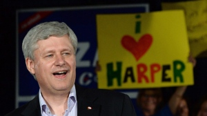 Conservative leader Stephen Harper holds a rally in Winnipeg on Thursday, August 13, 2015. THE CANADIAN PRESS/Sean Kilpatrick