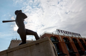 In this Nov. 12, 2013 file photo, a statue of Hall of Fame baseball player Hank Aaron stands outside Turner Field, the home of the Atlanta Braves in Atlanta. (AP /David Goldman)
