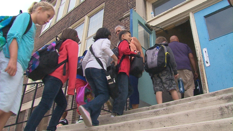 The Ontario government is still in talks with public elementary school teachers, past the Nov. 1 deadline.