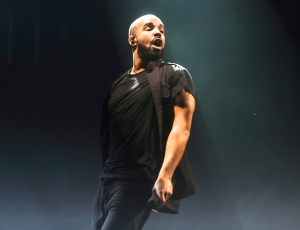 Drake performs during the Austin City Limits Music Festival in Zilker Park on Saturday, Oct. 10, 2015, in Austin, Texas. (Photo by Jack Plunkett/Invision/AP)